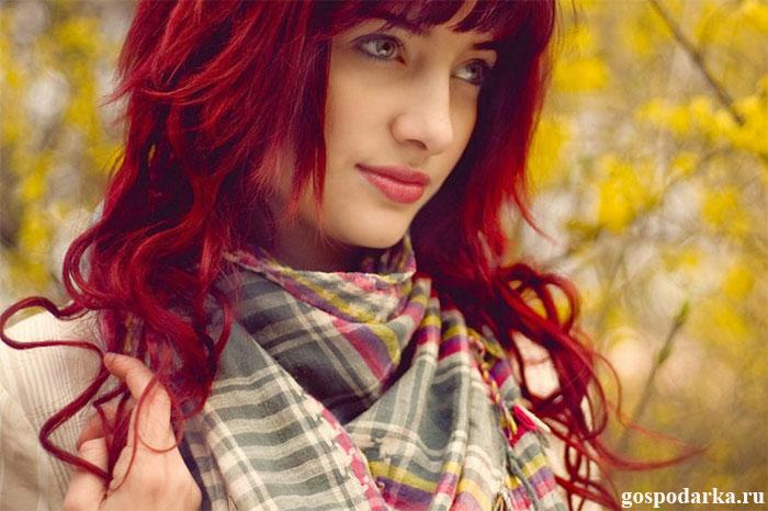 девушка-с-красивыми-волосами