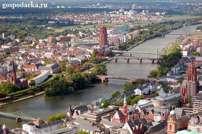 Франкфурт---Германия