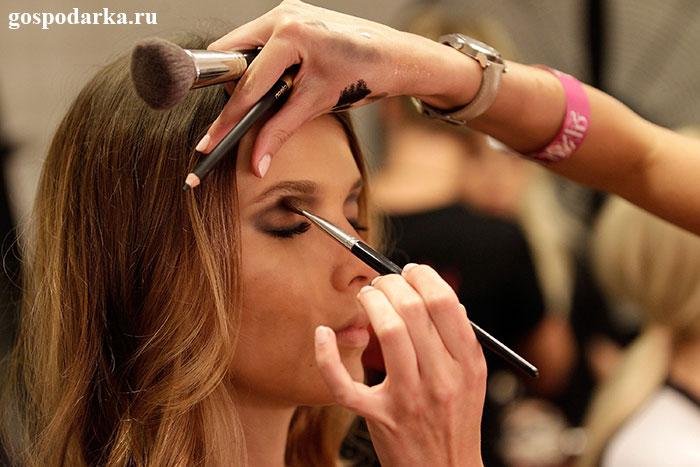 как-сделать-вечерний-макияж-профессионально