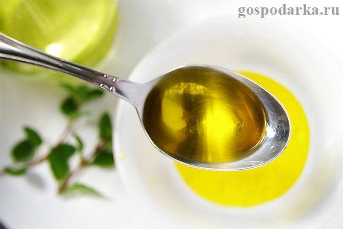 оливковое-масло-в-ложке