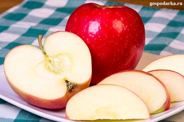 яблоки-на-тарелке