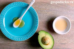 Зимняя маска для лица из авокадо