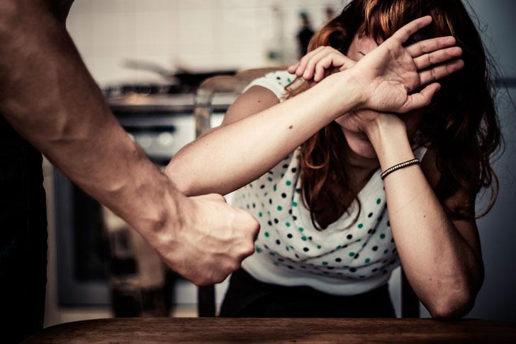 психологическое-насилие-в-семье