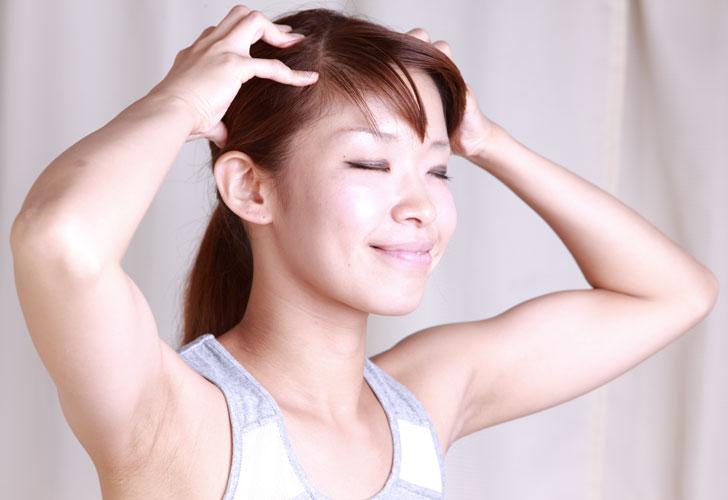 Фото девушка делает массаж 15 фотография