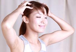 Как укрепить волосы с помощью массажа головы?