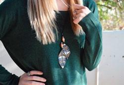 Как сделать кожаное ожерелье в домашних условиях?