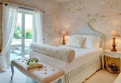 Маленькая спальня в греческом стиле – советы дизайнеров