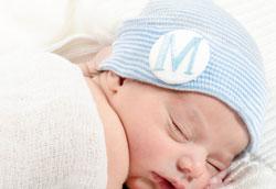 Почему новорожденные должны носить чепчики?