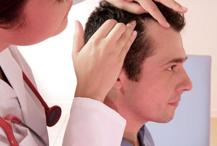консультация-у-дерматолога-относительно-облысения