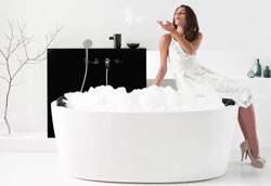 Как ухаживать за акриловой ванной?