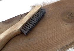 Браширование древесины в домашних условиях