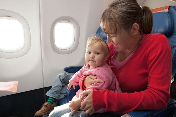 грудной ребенок в самолёте