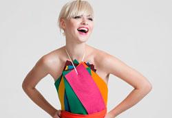 Какие цвета в одежде идут блондинкам больше всего?