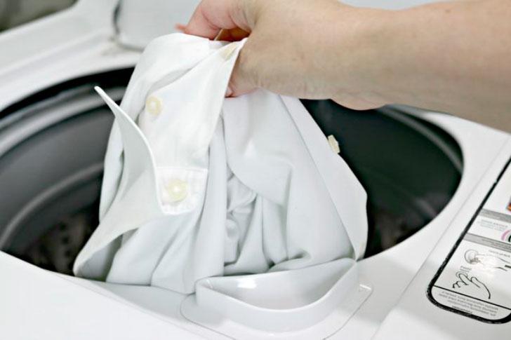 блузка в стиральной машине