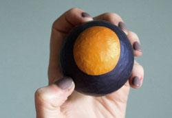 Как сделать мячик для снятия стресса?