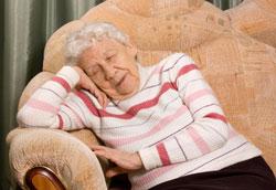 Как выбрать диван для пожилого человека?