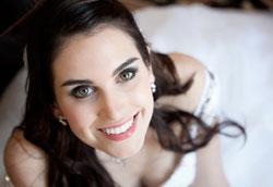Как самостоятельно нанести свадебный макияж?